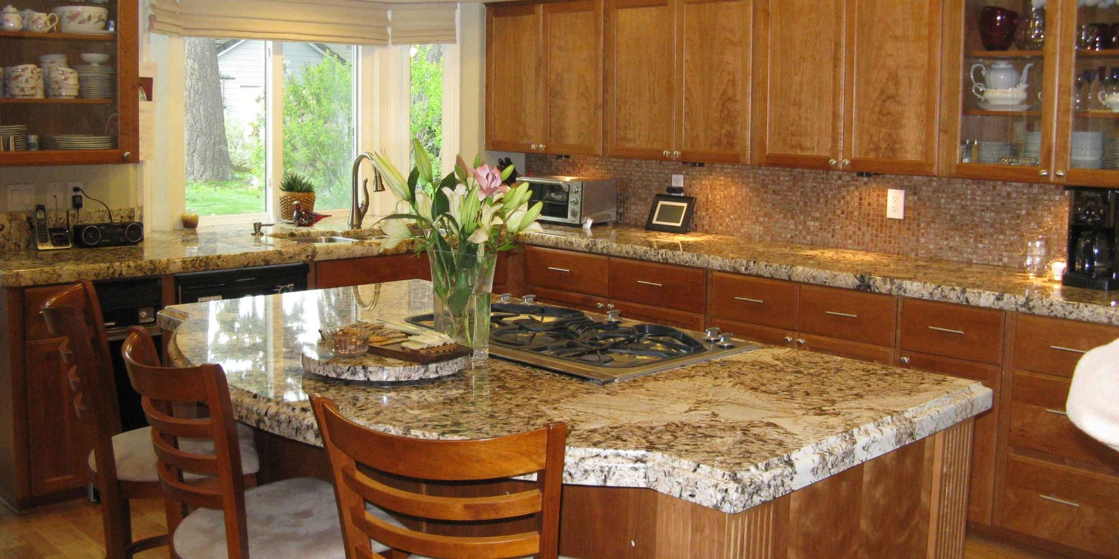 Granite-Island-Kitchen