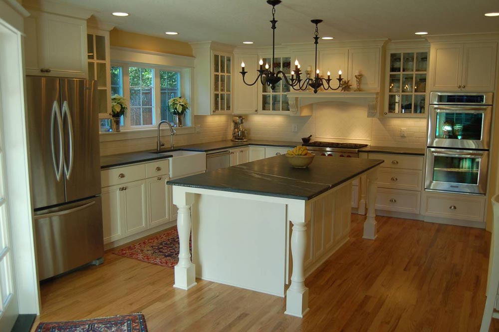 Charmant Soapstone Kitchen Island